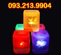 Đèn nến điện tử vuông có hoạ tiết